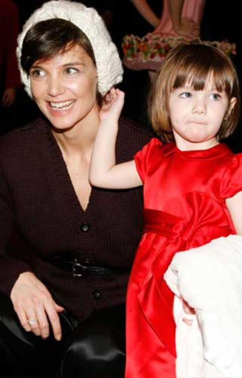 suri-cruise-45000-dollar-party