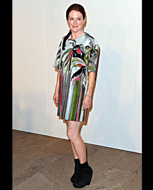 julianna-moore-fashions-night-out