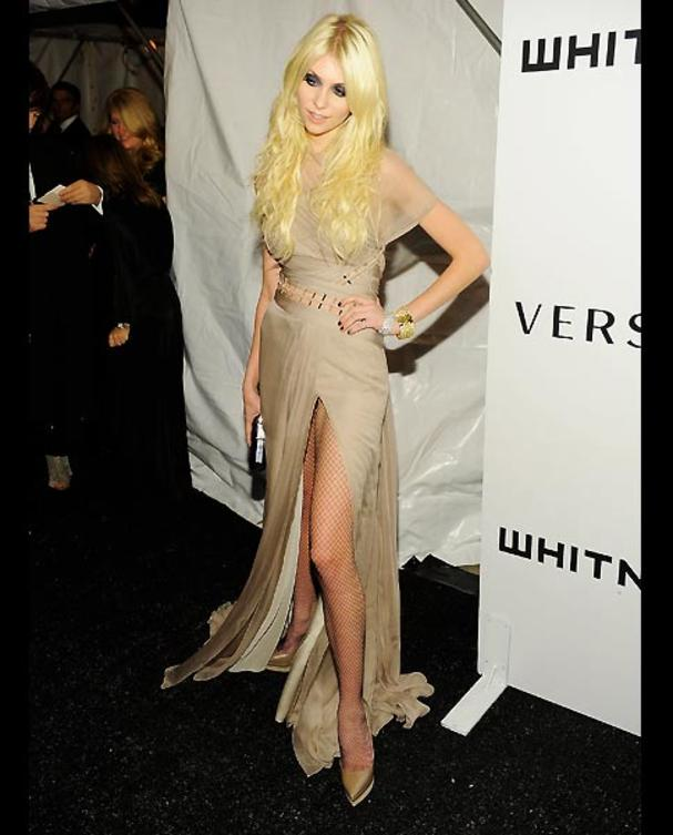 9-taylor-momsen-nude-dress