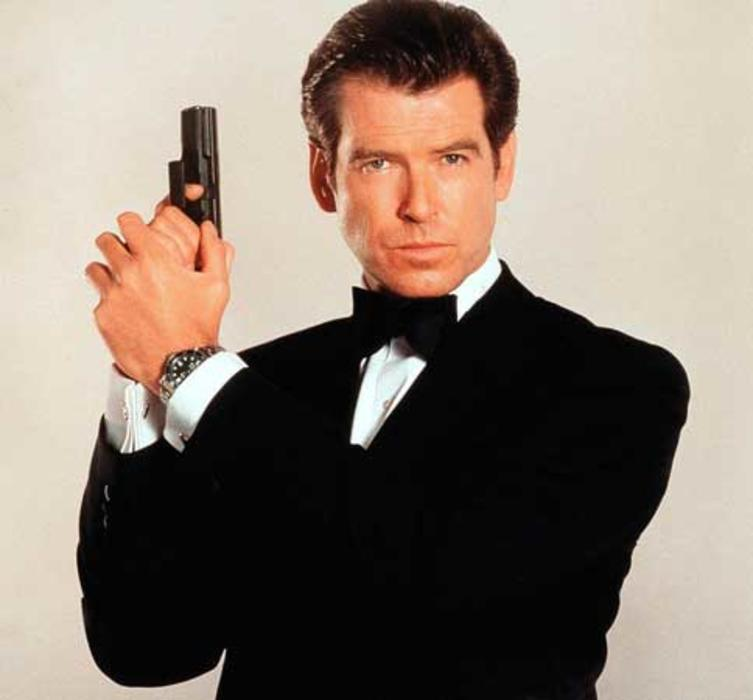 2001-pierce-brosnan-sexiest-man-people
