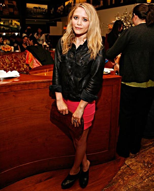 Mary-Kate-Olsen-clogs
