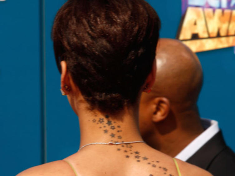 rihanna-tattoo-1